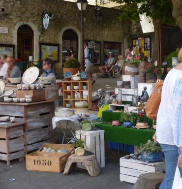 marché producteurs et artisans d'art sud drome dieulefit
