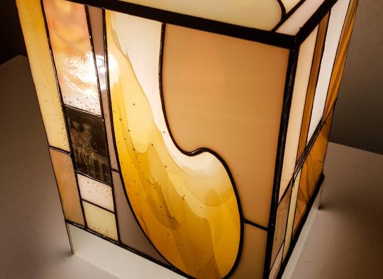 Lampe contemporaine réalisée par l'artisan Patrick DUCRE